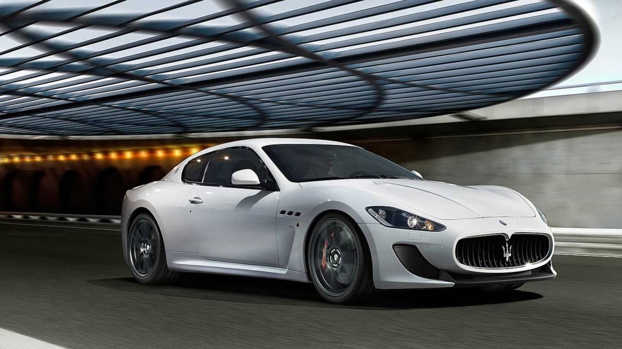 Maserati GranTurismo MC Stradale contra...