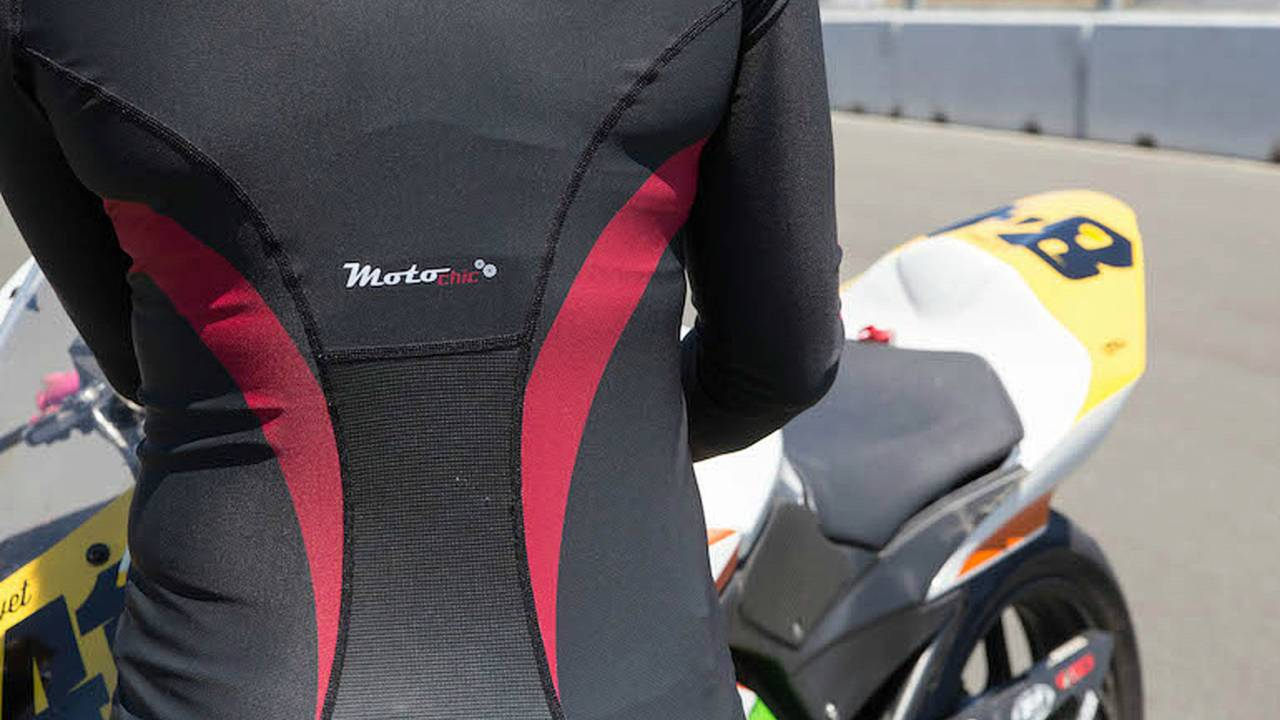 MotoChic Gear Special Edition Cooling Base Layer Top — Review