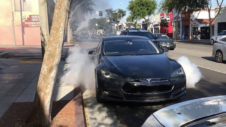 Preliminary Report Released On Spontaneous Tesla Battery Fire