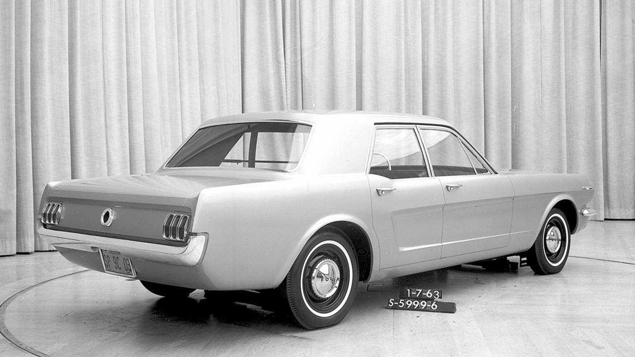 Ford Mustang Viertürer (1965)