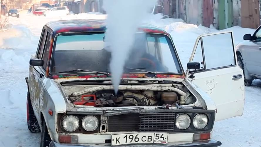 Poor Old Lada's Engine Feeds On Salt, Coke, And Vegetable Oil
