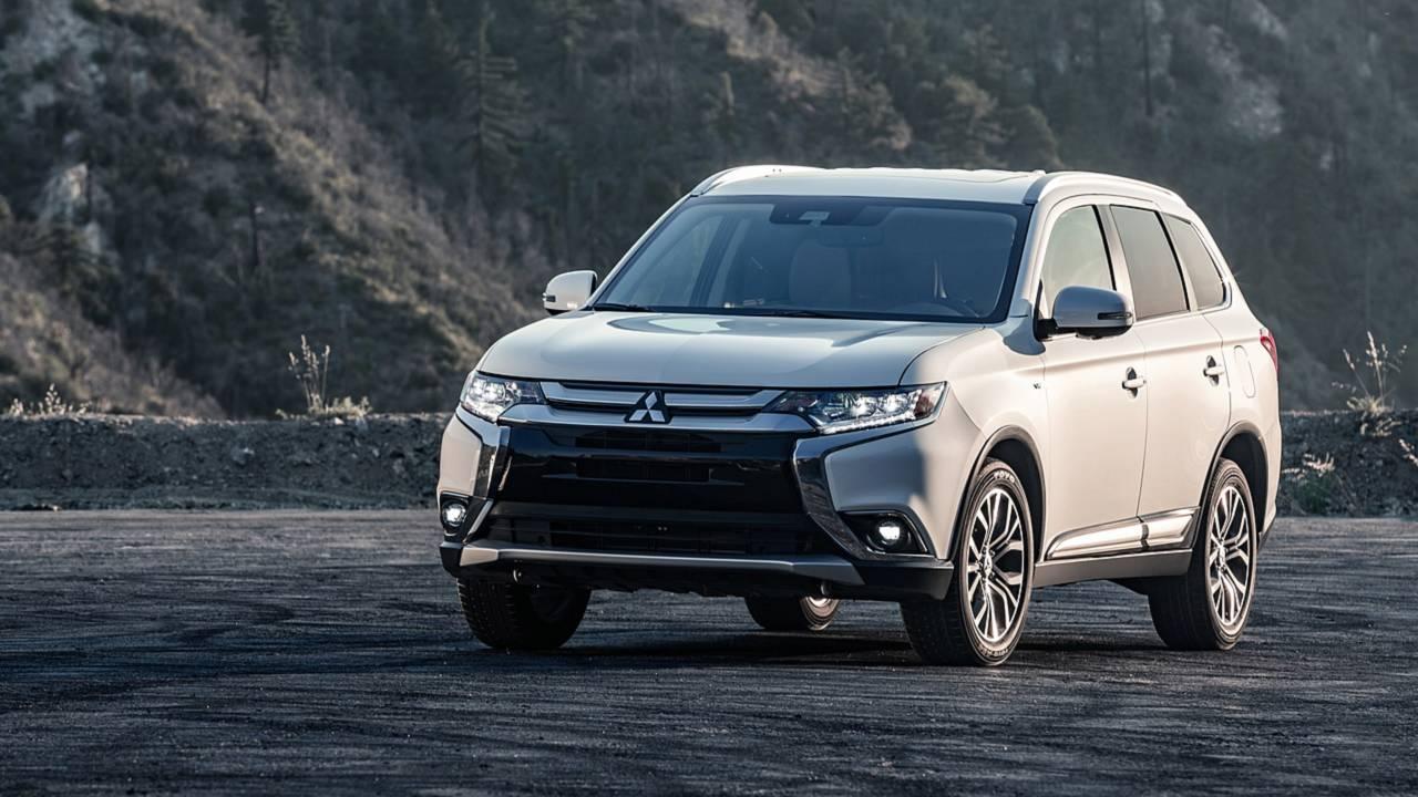 6. Midsize SUV/Crossover: Mitsubishi Outlander