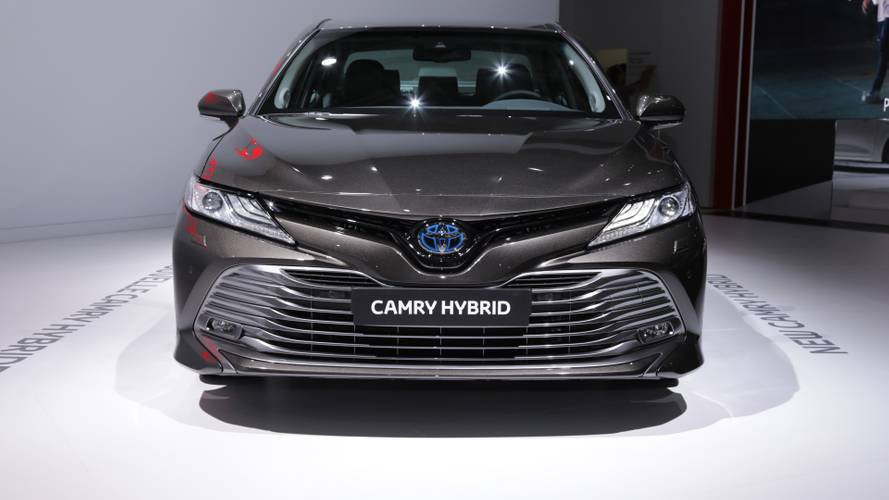 2019 Toyota Camry Hybrid (Euro Spec) at the Paris Motor Show