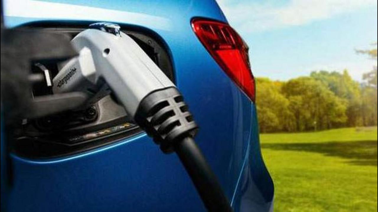 [Copertina] - Mercedes, l'elettrica da 500 km di autonomia