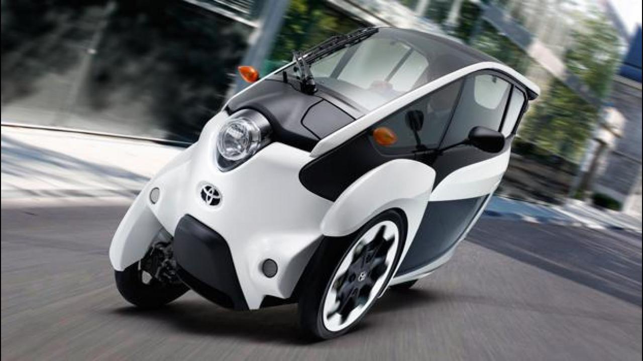 [Copertina] - Toyota i-Road, il 3 ruote elettrico è già su strada