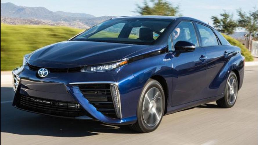 Toyota Mirai, negli USA c'è fame di auto a idrogeno