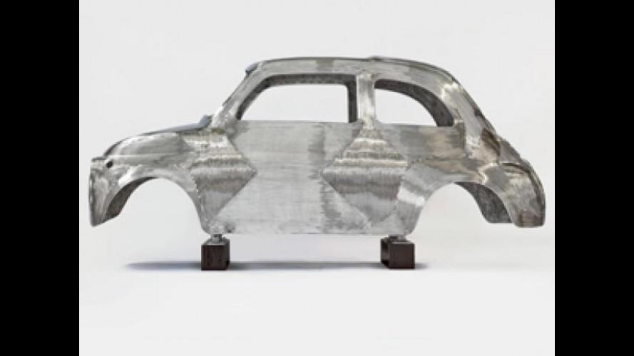 La Fiat 500 storica diventa una scultura in acciaio inox lucido