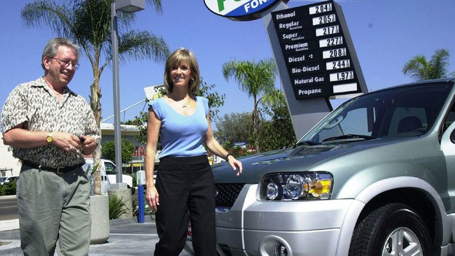 World's First Hybrid SUV Delivered to San Diego Customer
