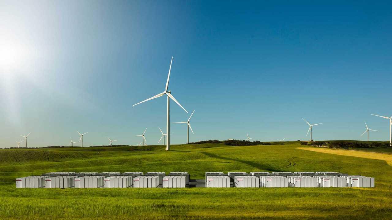 Huge Tesla Energy Storage Plus Wind Farm Equals Stabilized Power For Australia - Video