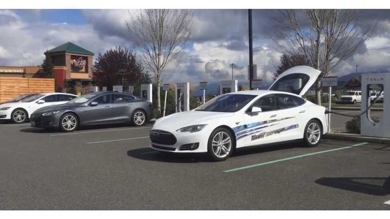 Tesla Model S 85D - Road Trip