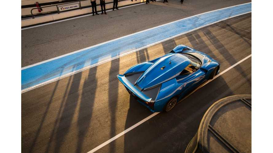 Detailed Look At The NextEV's NIO EP9 At The Race Track - Video