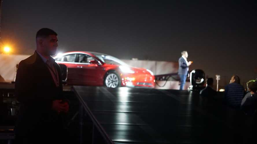 Musk Cites Significant CapEx To Achieve Tesla Model 3 Volume Production
