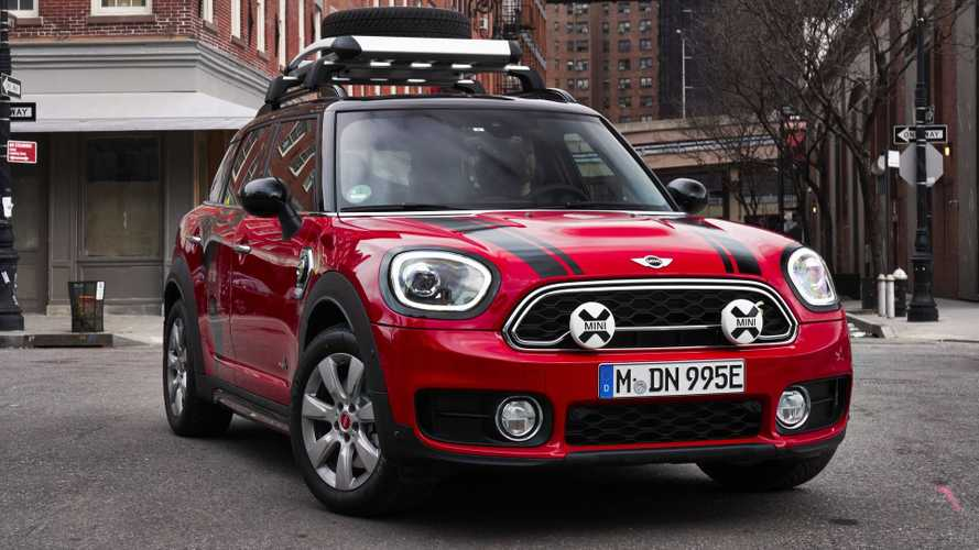 Mini Shows Off Countryman Panamericana Plug-In Hybrid
