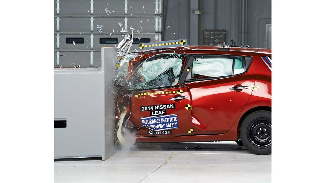 2014 Nissan LEAF Scores Poor In IIHS Small Overlap Test - Video + Images