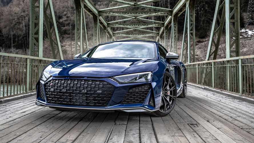 2019 Audi R8 V10 Performance in the Alps