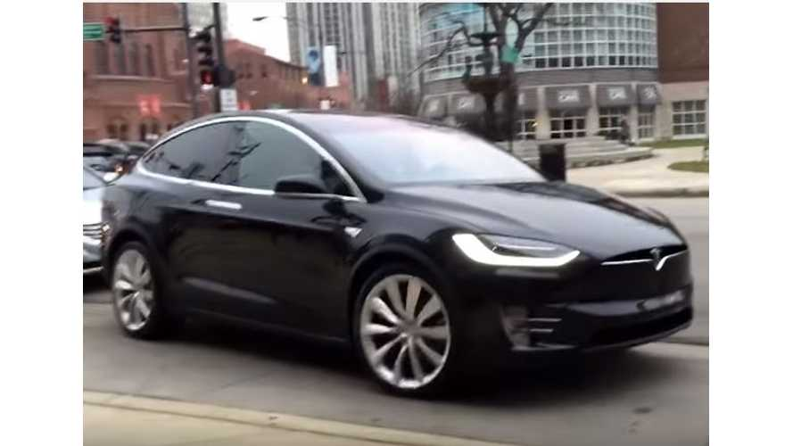 Tesla Model X Spotted In Chicago - Video