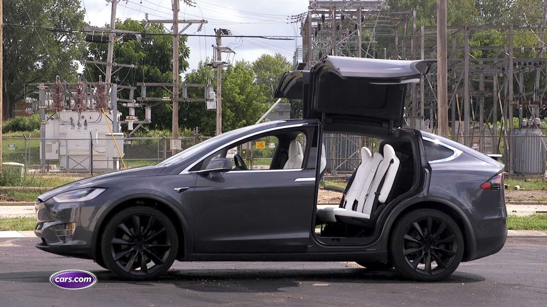 Cars Com Spends A Week With A Tesla Model X