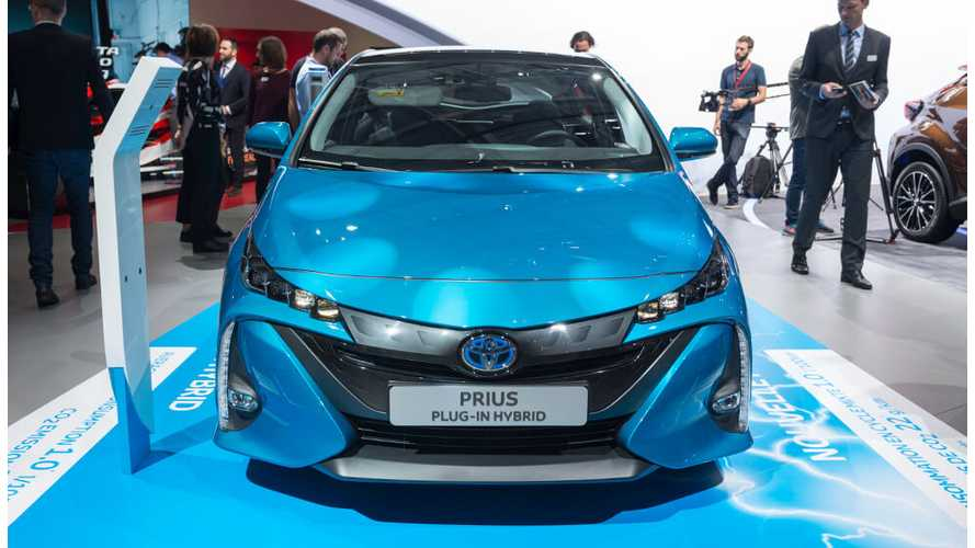 Toyota Prius Prime Priced From $27,950 In U.S., 25 Miles Of Electric Range