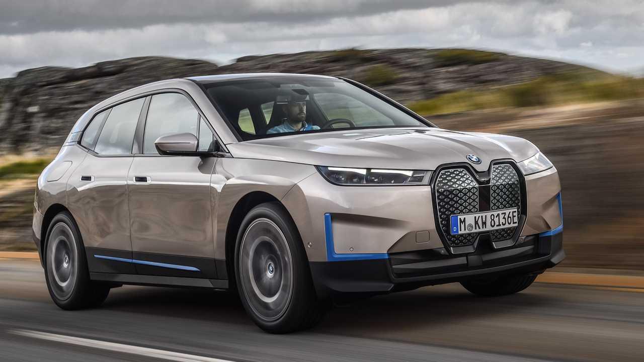 BMW iX (2020)