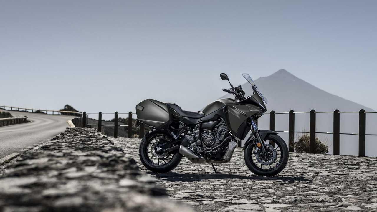 2021 Yamaha Tracer 7 GT, Hero