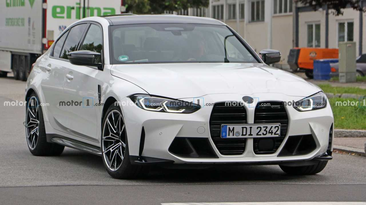 2021 BMW M3 Spy Photos Front 3/4