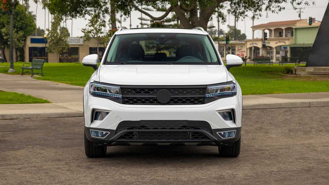 2022 Volkswagen Taos Prototype Front End