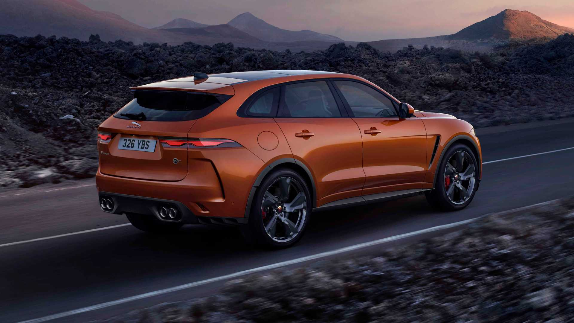 2021 jaguar f-pace svr debuts with better acceleration