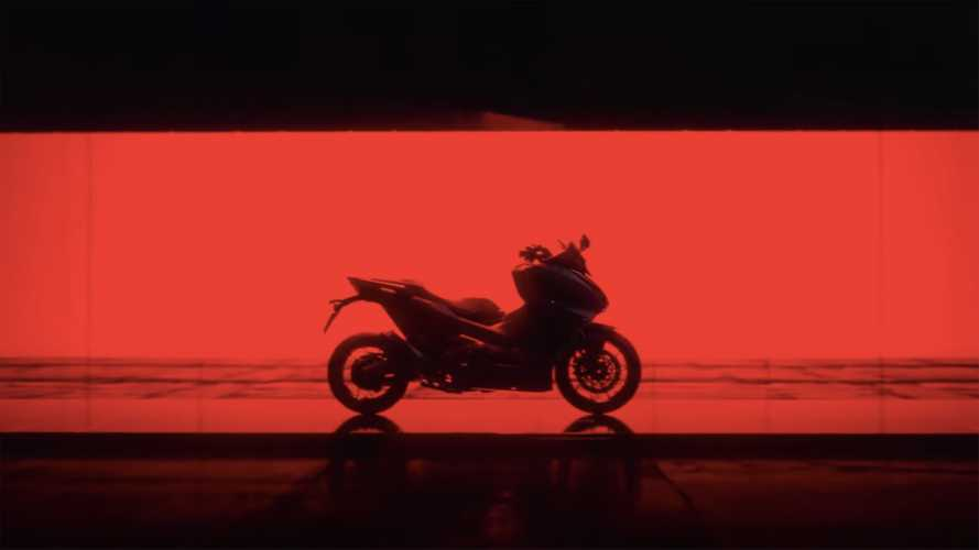 The Honda Forza 750 Silhouette Unveiled In New Teaser