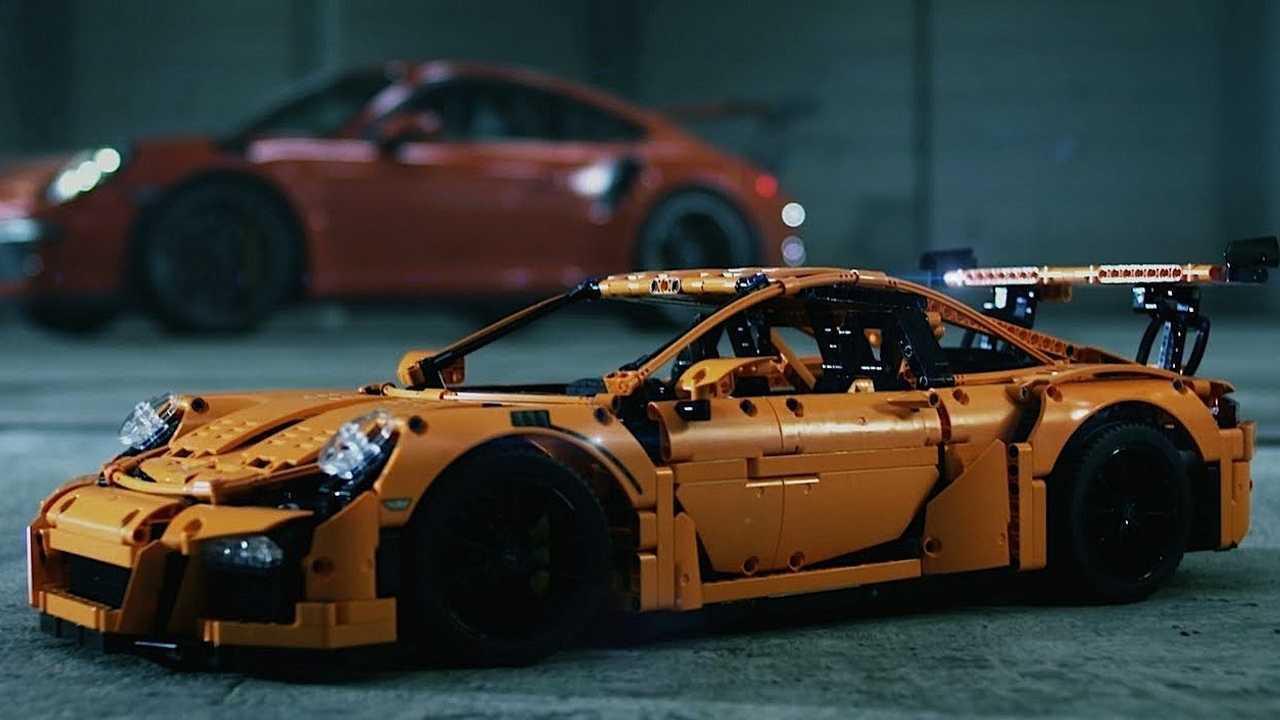 Porsche 911 GT3 RS - 2.704 piezas