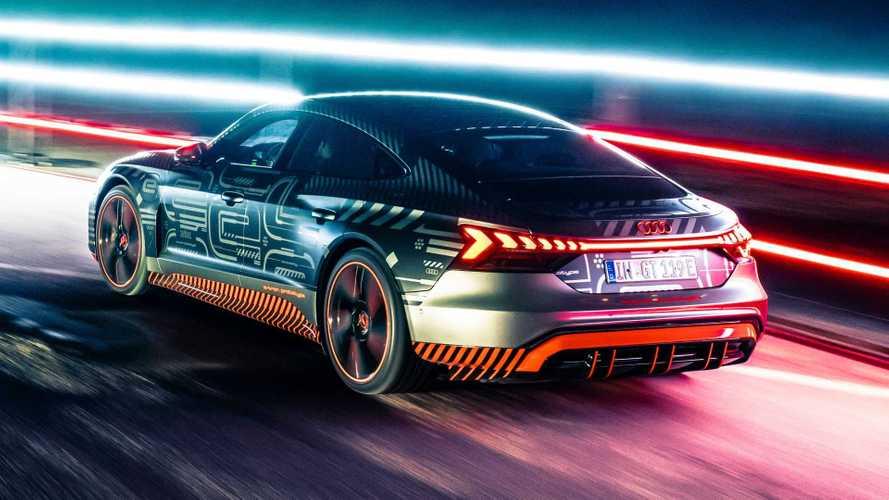 Audi RS E-Tron GT'nin dudak uçuklatan hızlanmasını izleyin