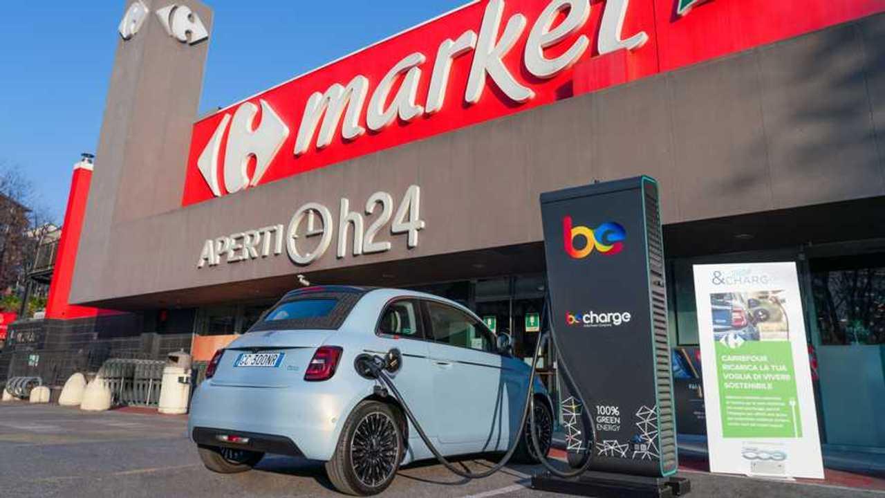 Fiat e Carrefour - Shop & Charge