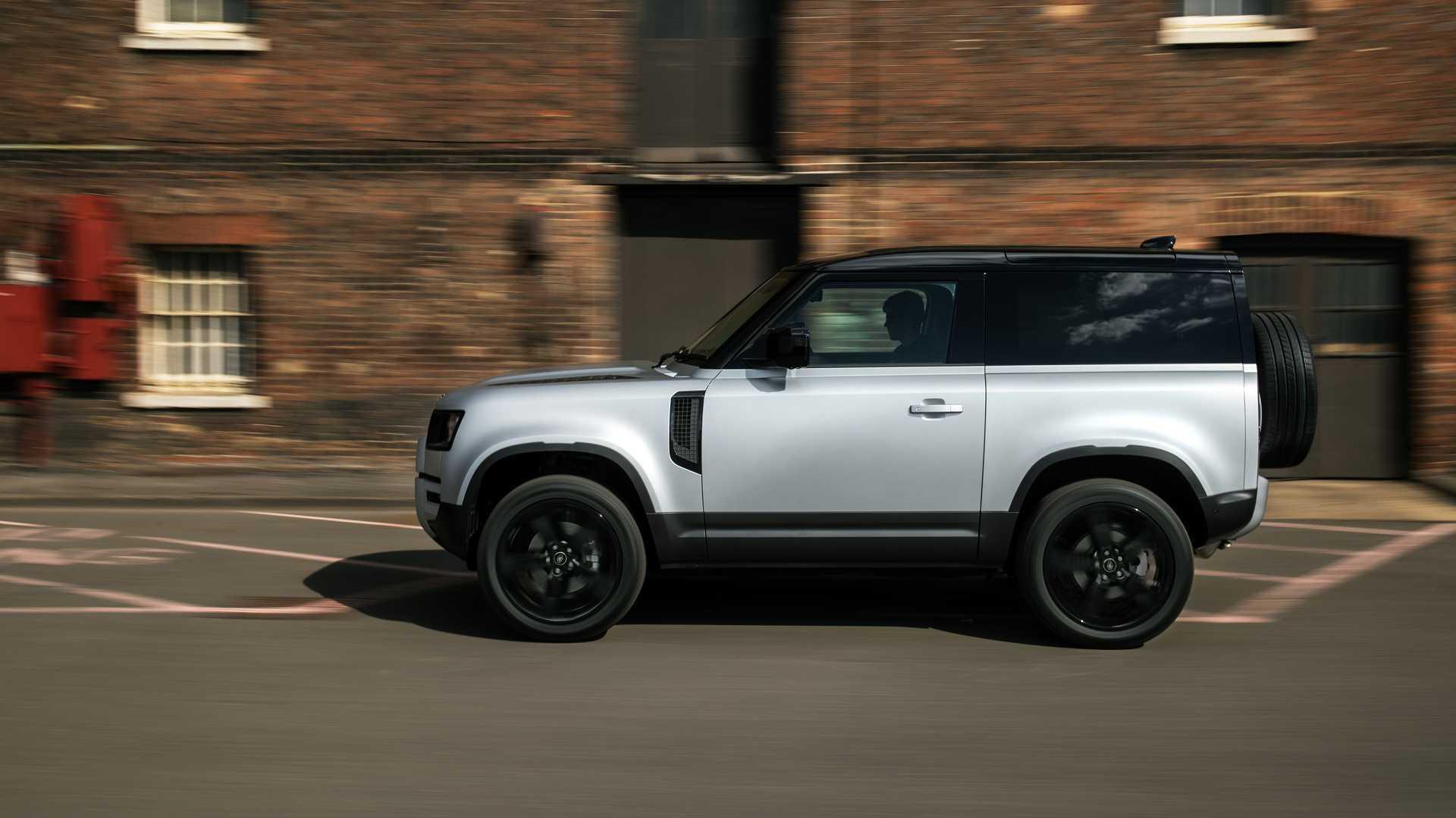 2021 Land Rover Defender 90   Motor1.com Photos