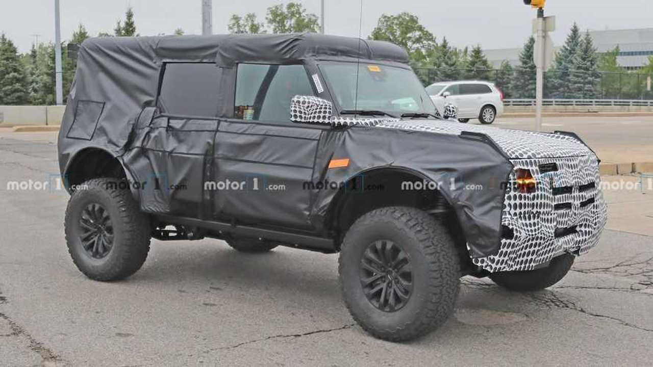 Ford Bronco Raptor Spy Shots