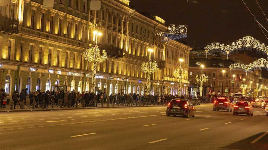 Spostamenti a Natale, l'Italia torna zona rossa (ma non sempre)