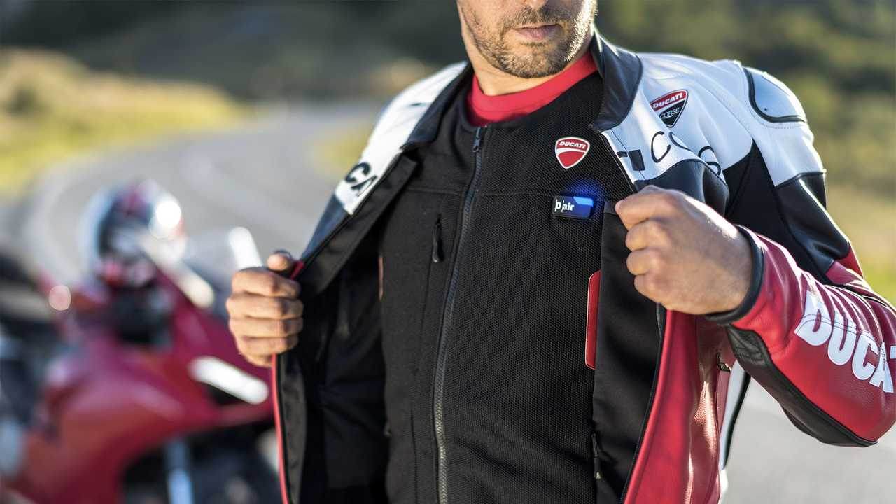Ducati Smart Jacket With Airbag
