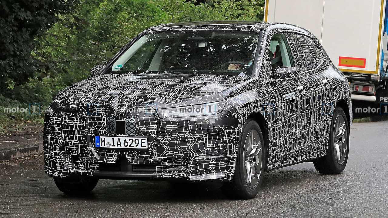 BMW iNEXT neue Spionagefoto (vorne Dreiviertel)