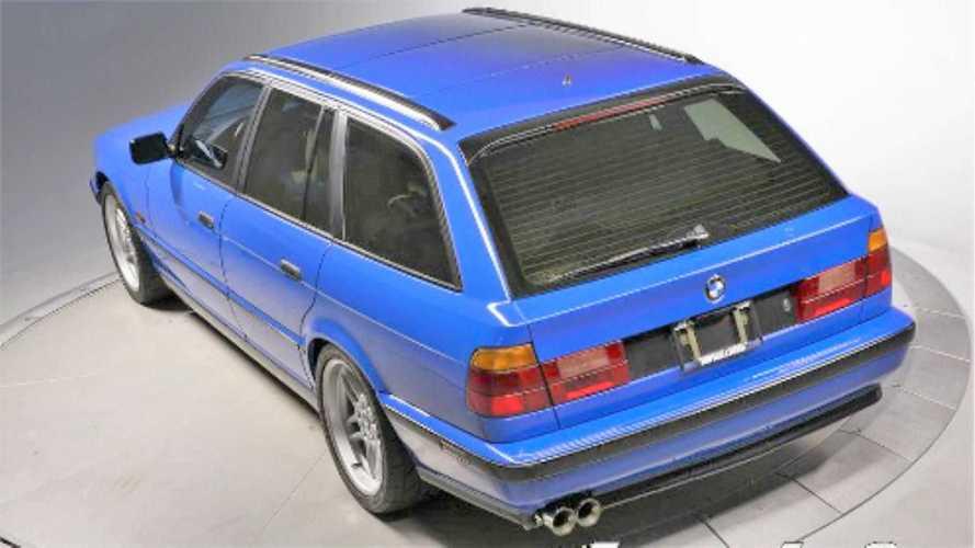 Eladó egy igazi ritkaságnak számító 1994-es BMW M5 Touring