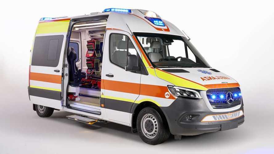 Mercedes presenta lo Sprinter Ambulanza in collaborazione con Olmedo