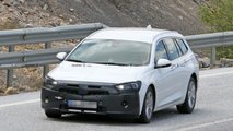 Opel Insignia Sports Tourer spy photos