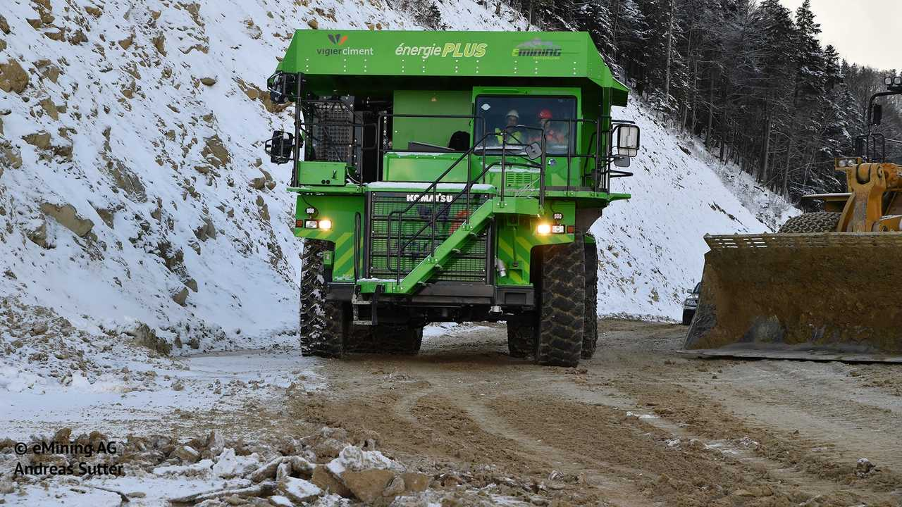 Meet The World's Largest EV: The Elektro Dumper