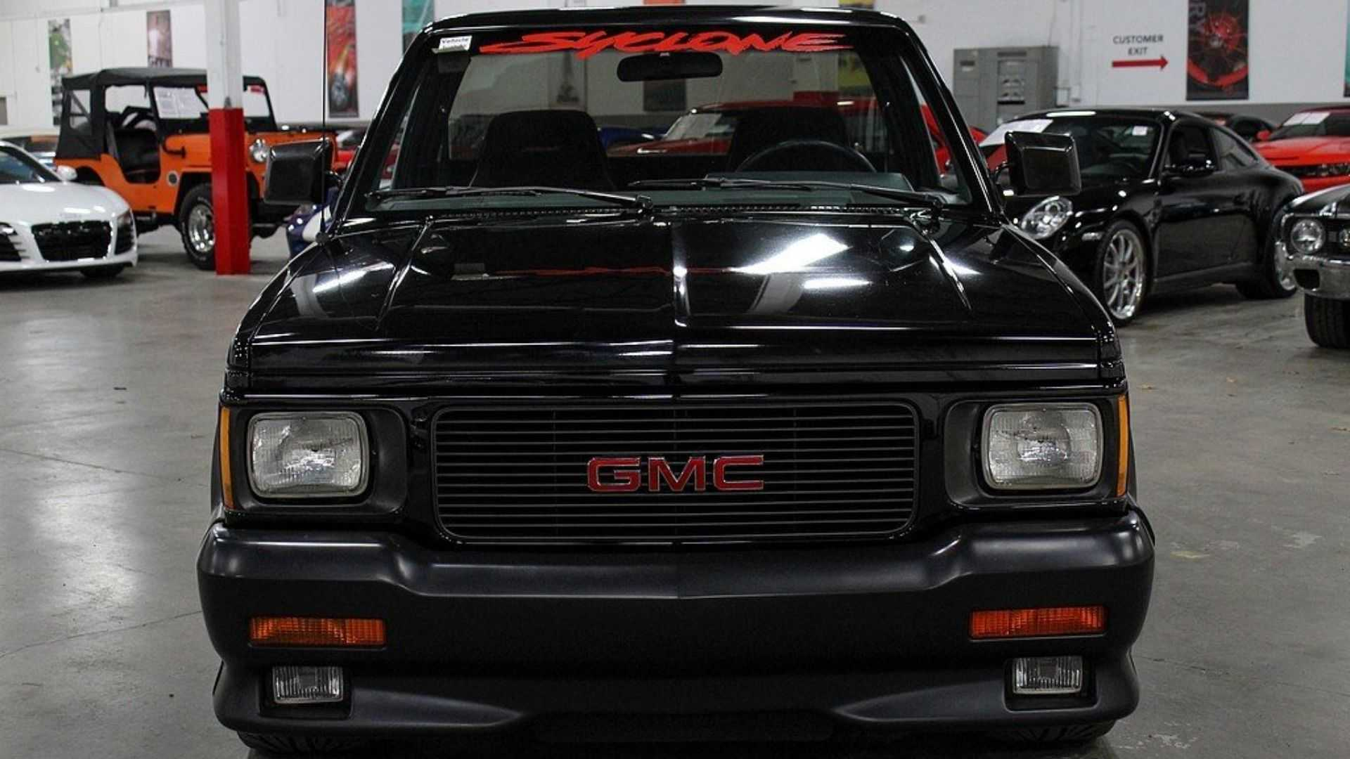 """[""""Set The World Ablaze In This 1991 GMC Syclone""""]"""