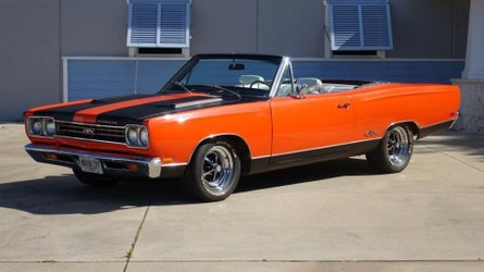 Topless luxury is what a 1969 plymouth satellite is about
