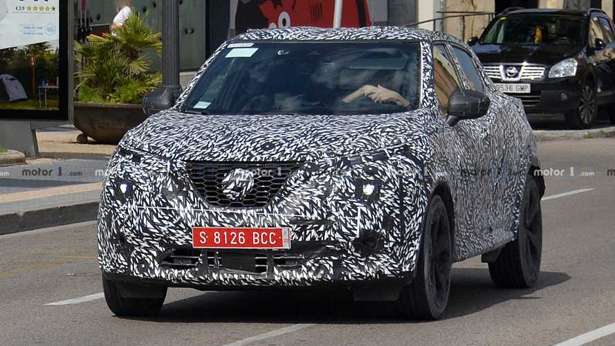 2020 Nissan Juke new spy photos