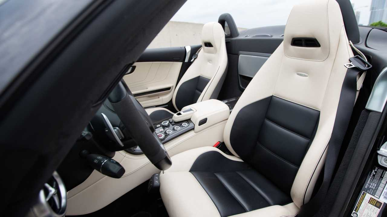 2012 Mercedes-Benz SLS AMG Begs To Take Its Top Off