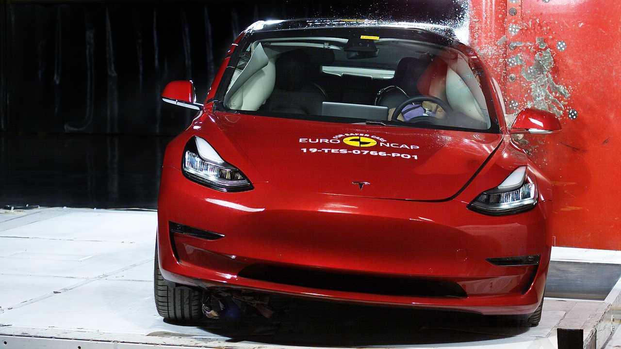 Tesla Model 3 Crashtest EuroNCAP