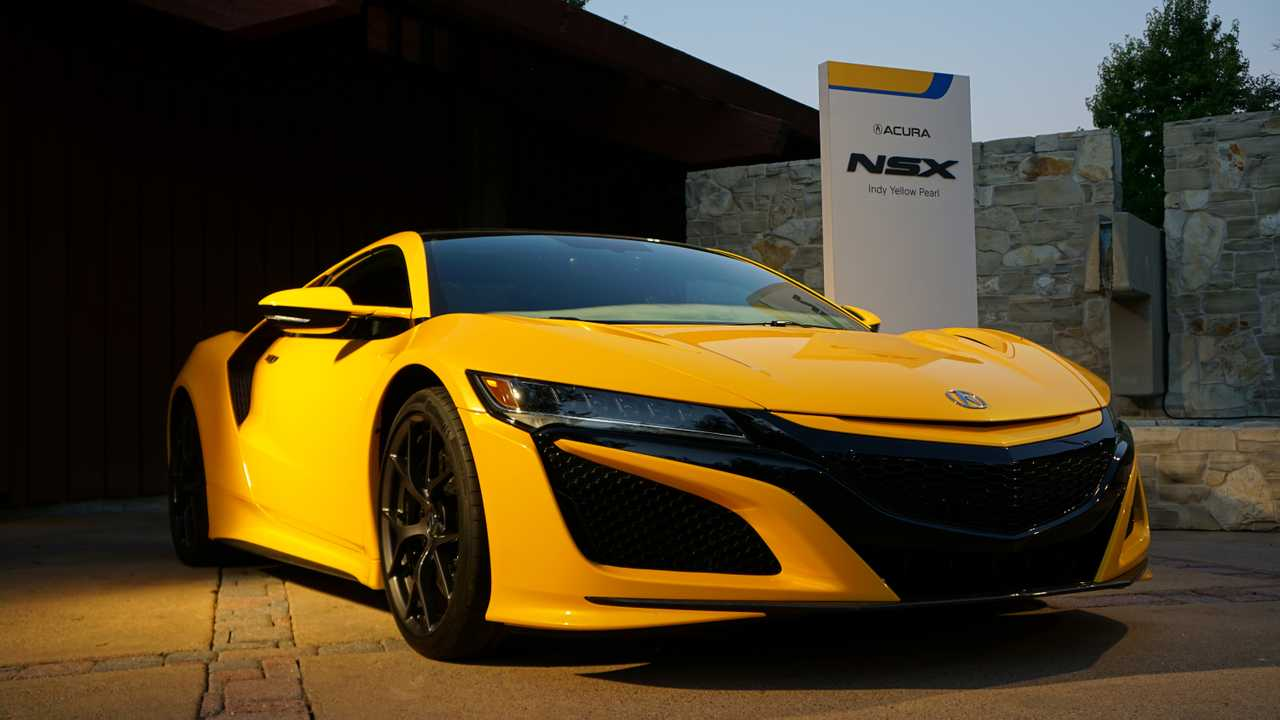 2019 Acura NSX Indy Yellow Pearl