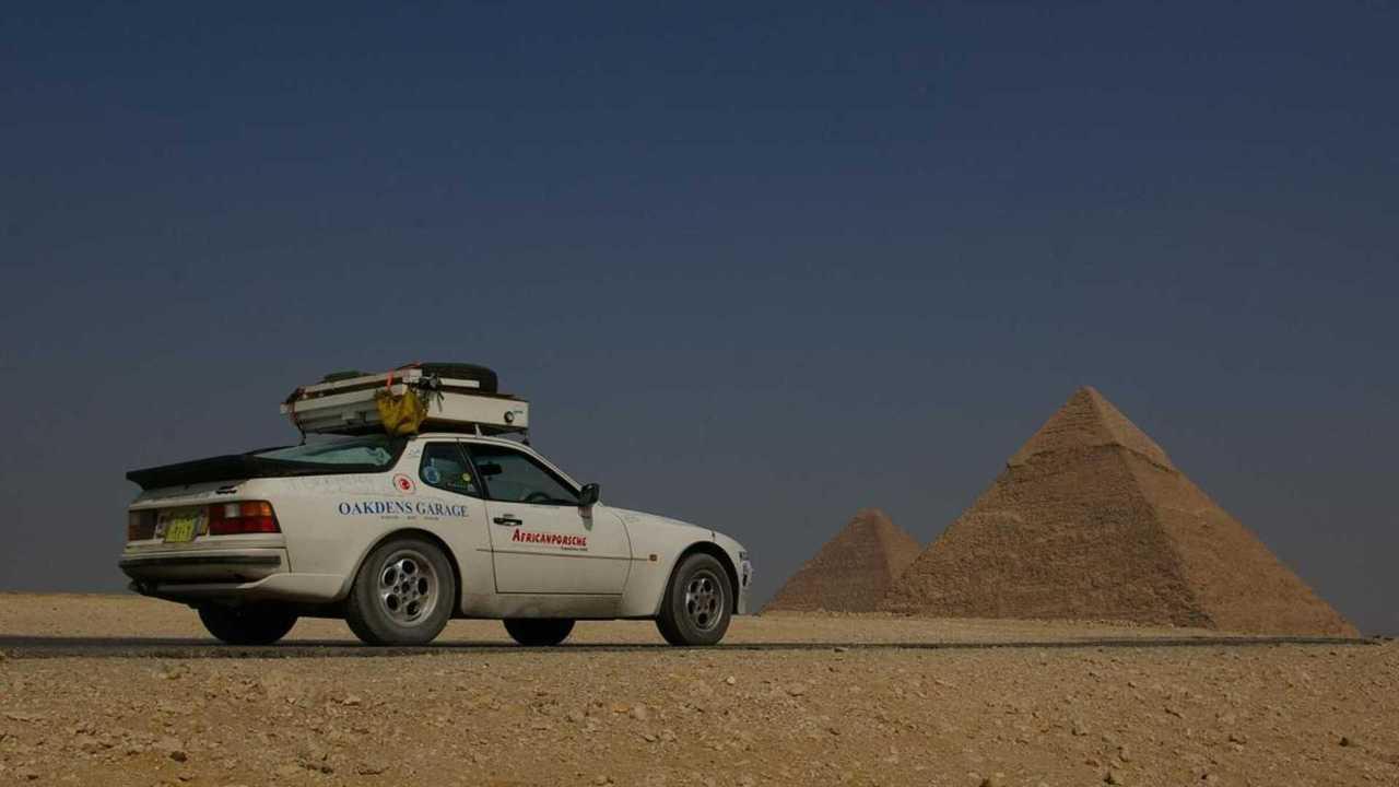 Porsche 944 survive the Sahara desert
