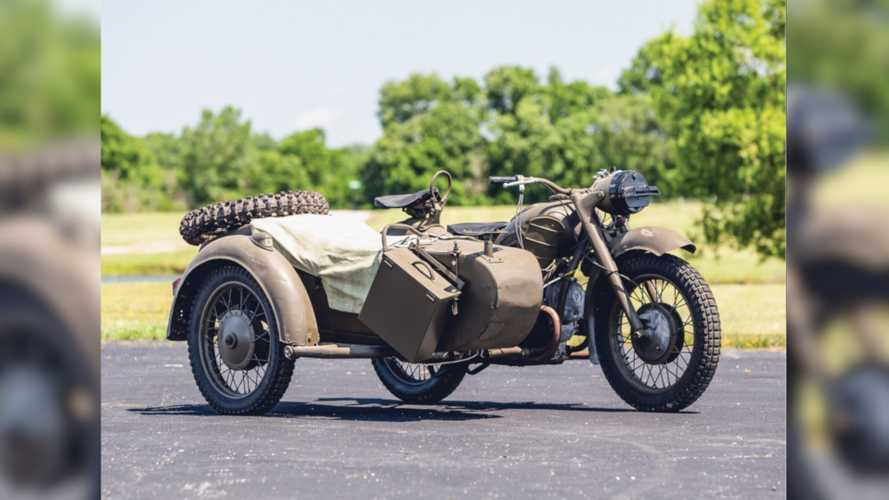 Soviet Motorcycle Fans: This Dnepr Auction Is For You
