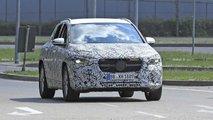 Mercedes GLA (2020): Neue Erlkönigbilder