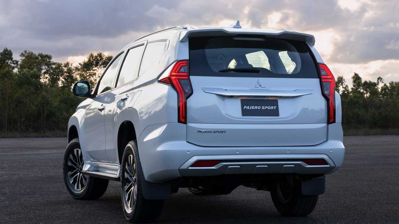 2020 Mitsubishi Pajero Sport, Interior, Price >> 2020 Mitsubishi Pajero Sport Gets Fresh Face Updated Interior